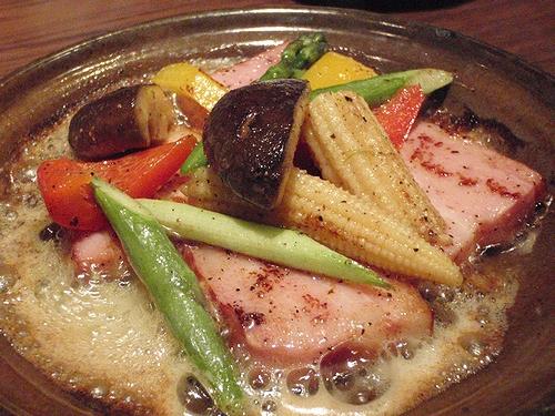 厚切りベーコンの黒胡椒焼き